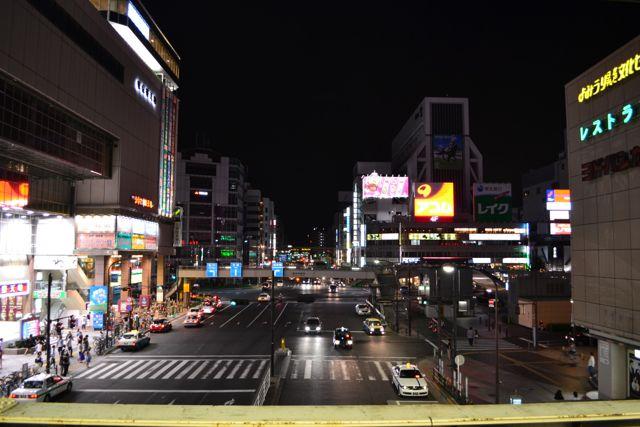 Ein erster Schnappschuss am Bahnhof Kinshisho. Irgendwie mag ich diese Stadt schon jetzt.
