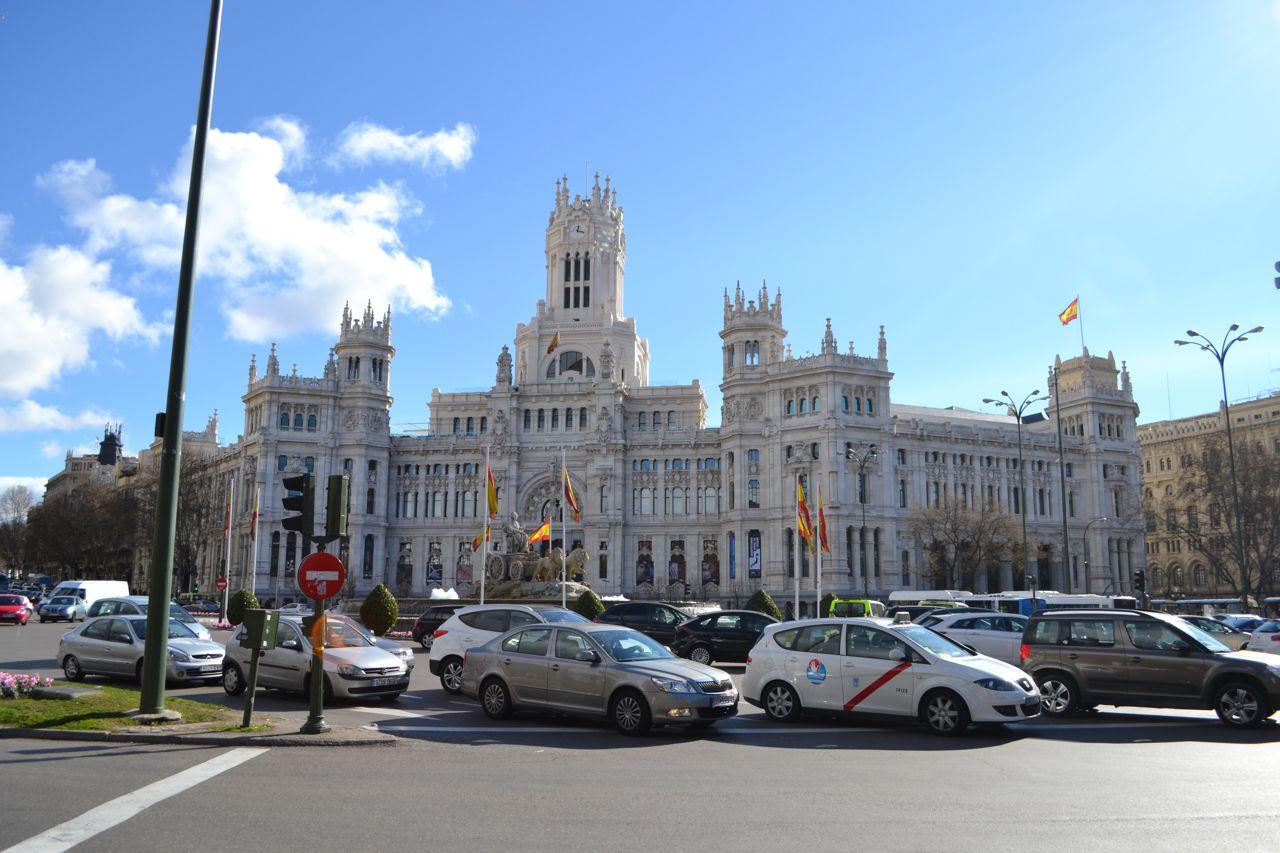 Palacio_de_Comunicaciones_funkloch_Madrid
