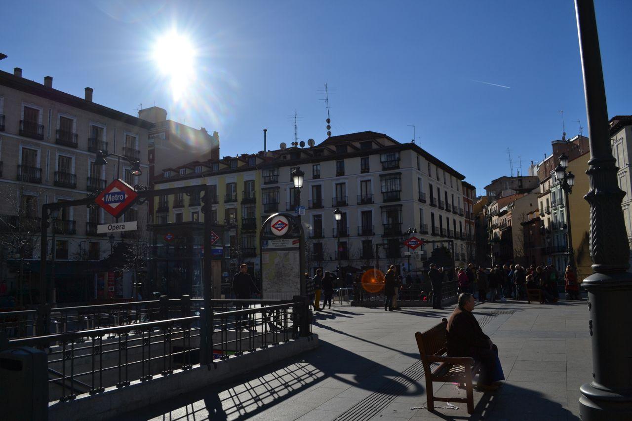 Plaza_Isabel_funkloch_Steven_Madrid