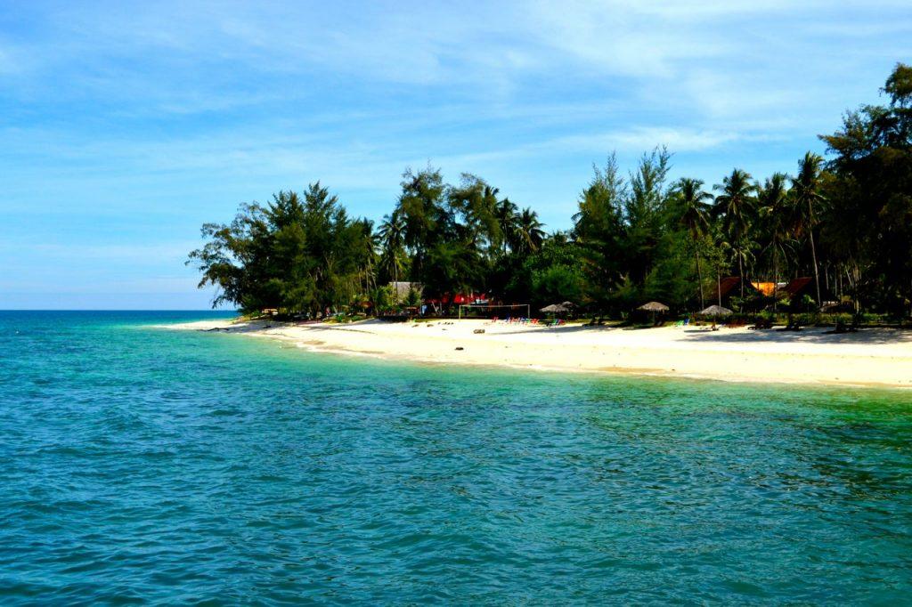 Foto vom Boot auf die Insel Pulau Babi Besar