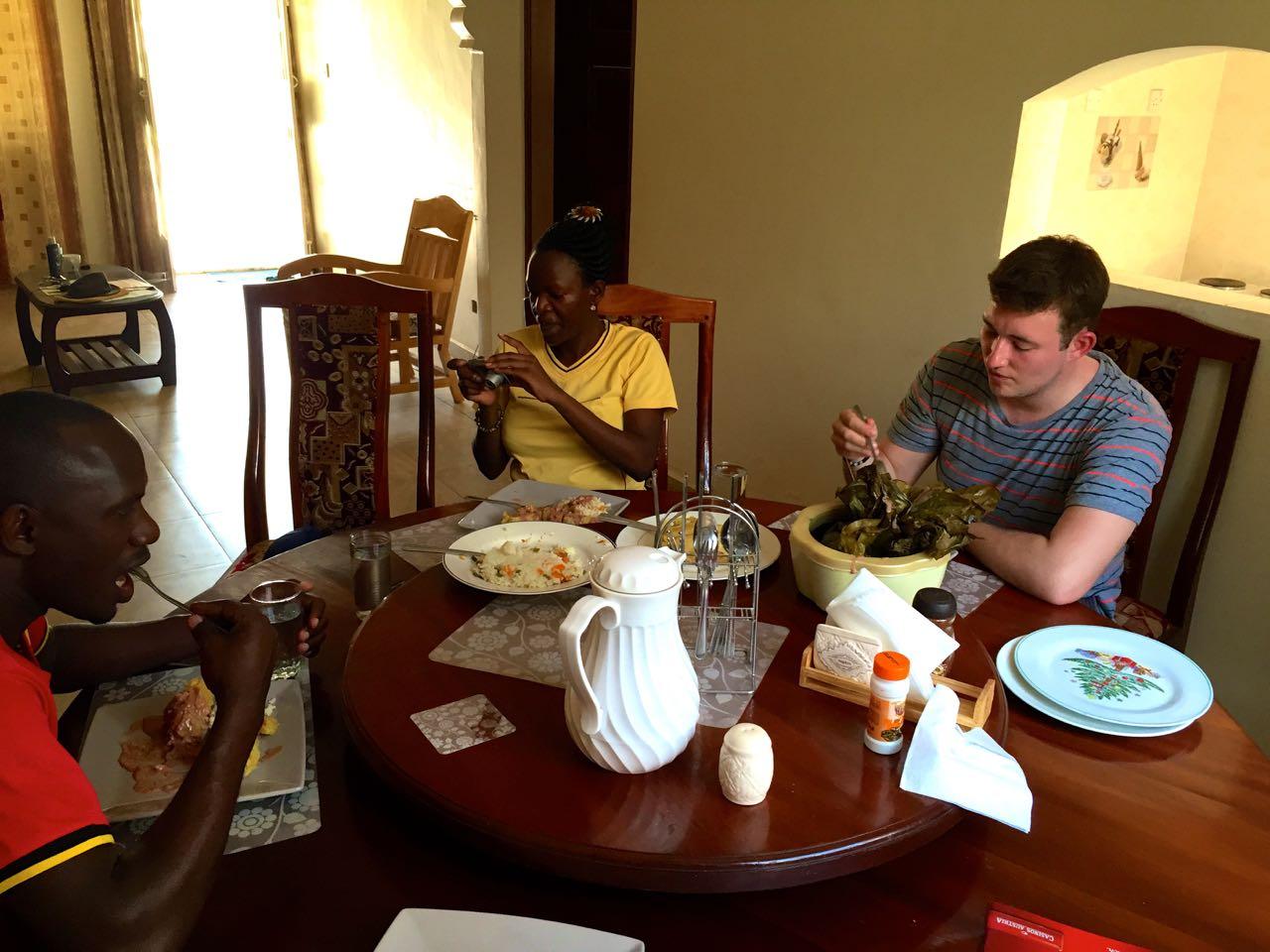 Essen-Diner-Uganda-Uganda