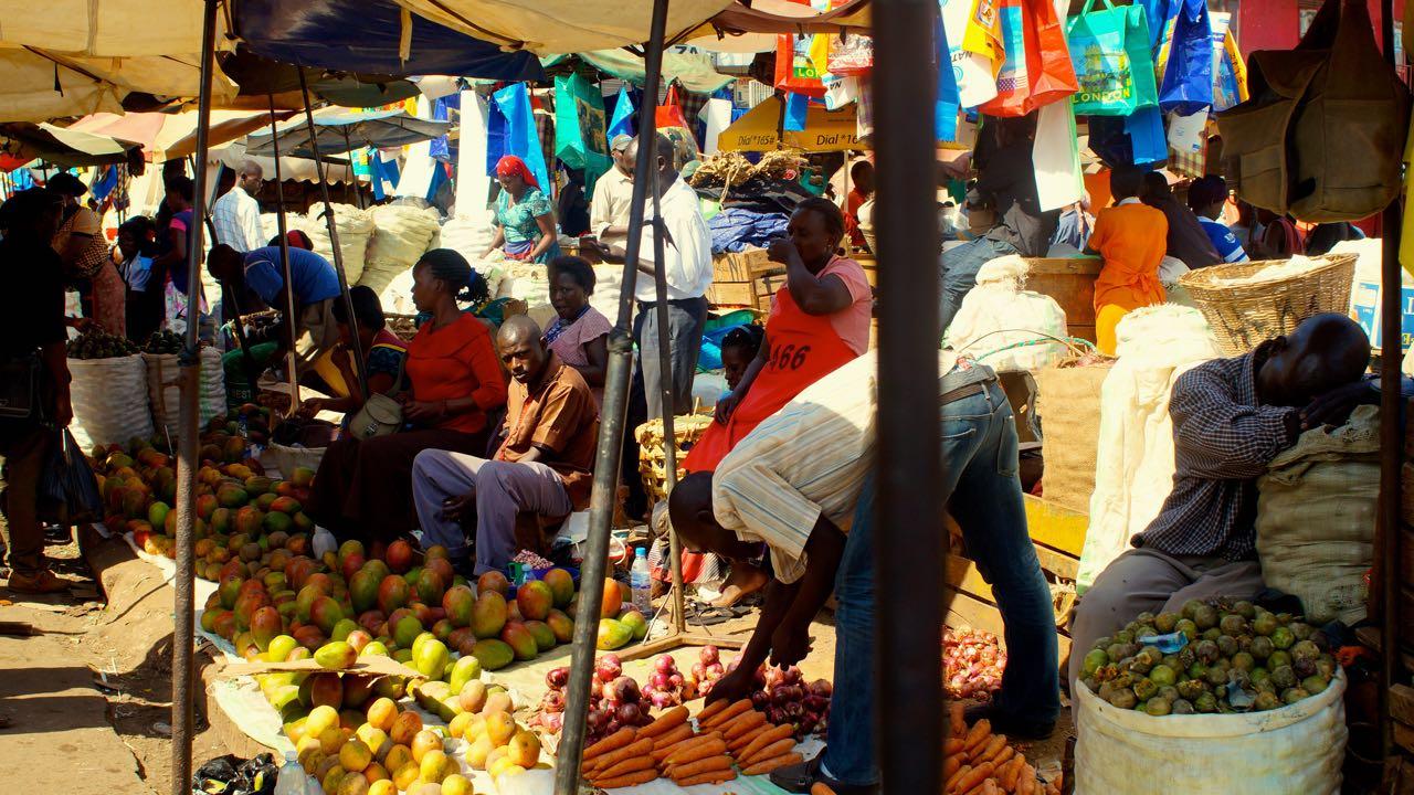Früchte auf dem Markt in Kampala, Uganda