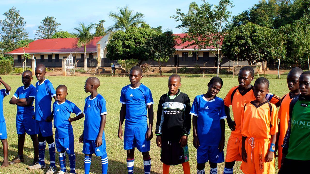 Fußballspiel in Uganda