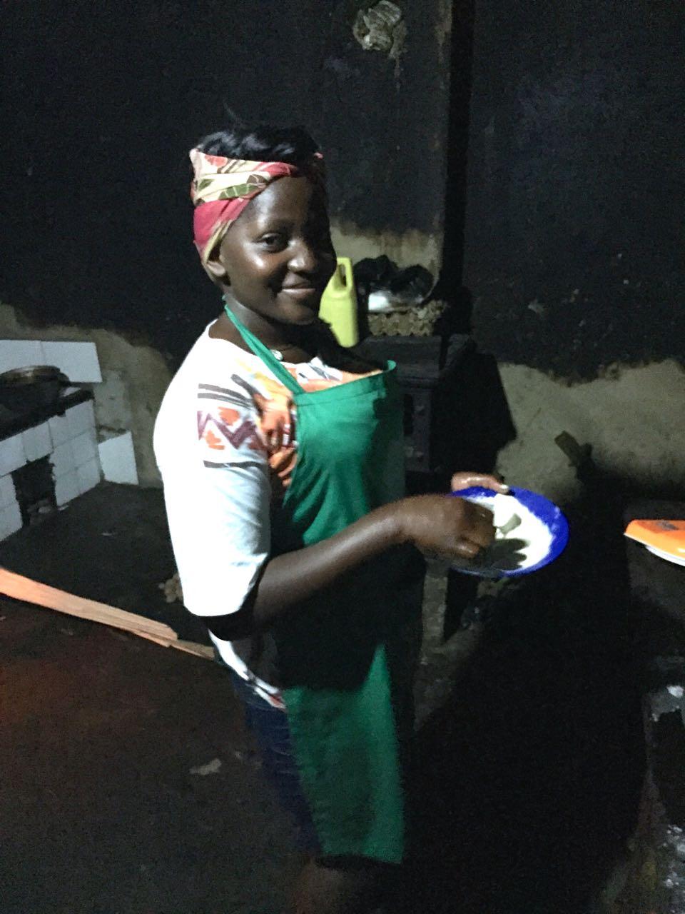 Meine Köchin in Uganda: Winny