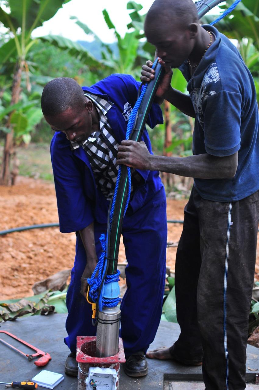 Hochzeit Brunnen und Pumpe
